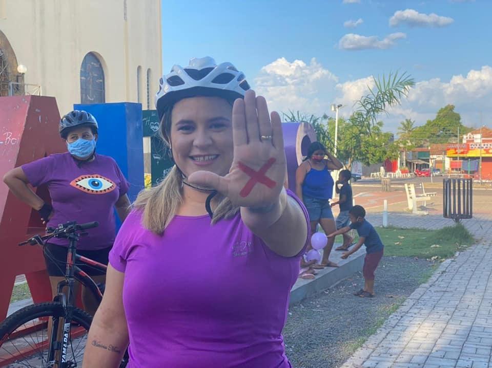 Vereadora Andréa Amaral, que teve a iniciativa do Pedal Especial do Agosto Lilás