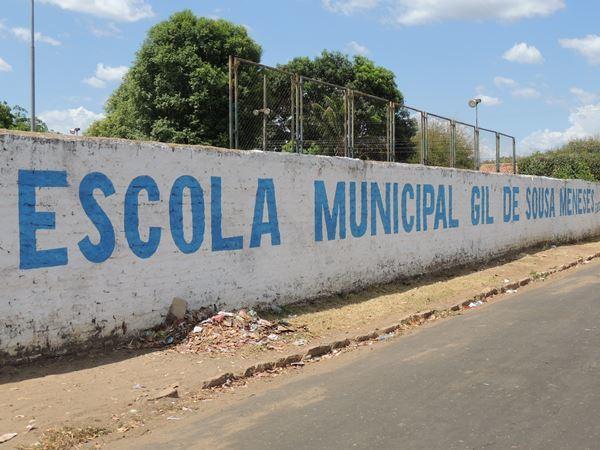 a191c6e12 Falta de limpeza e capina nas ruas incomoda moradores em Brasileira