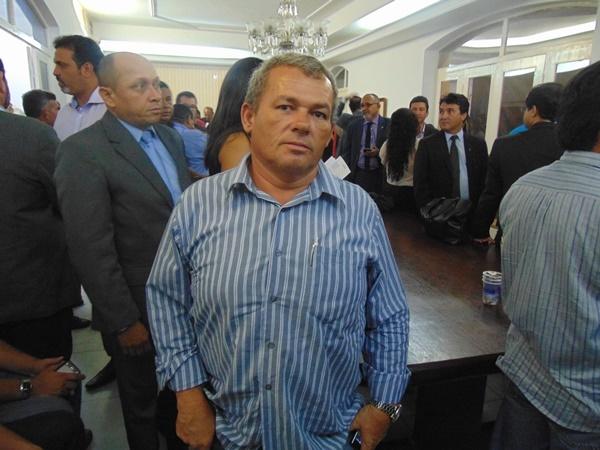 Resultado de imagem para prefeito kim do caranguejo