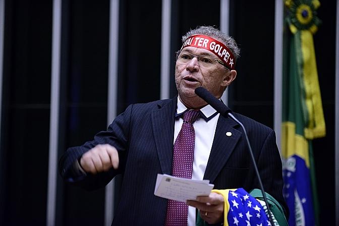Deputado federal Assis Carvalho: há mais de ano parlamentar tem o julgamento protelado