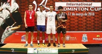 Thumb brasileiros do badminton