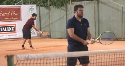 Thumb tenis iii