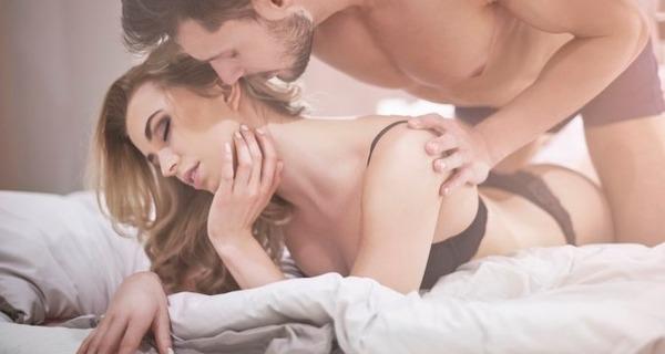 Medium sexo anal