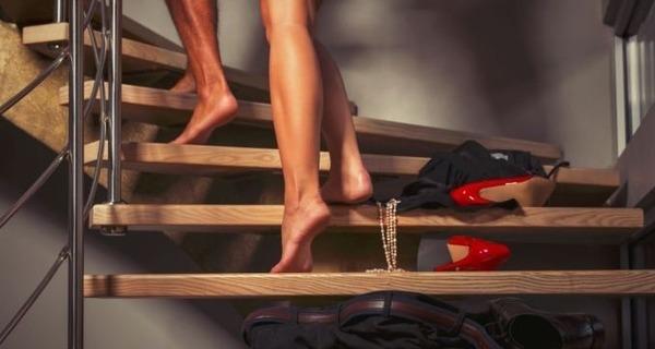 Medium sexo escada
