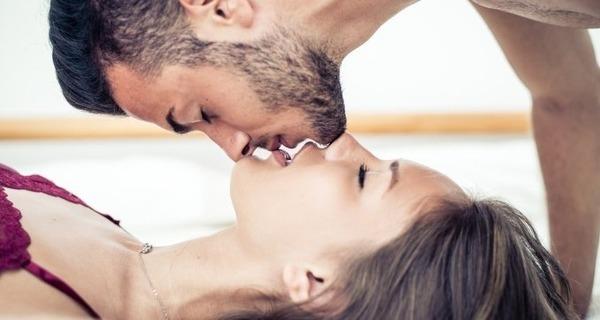 Medium sexo oral