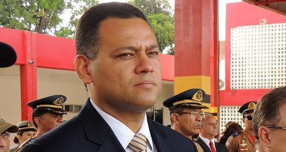 Ex-delegado-geral de Polícia Riedel Batista