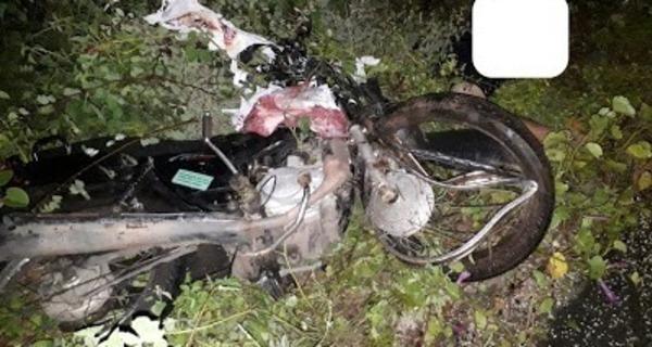 Medium moto ficou destruida