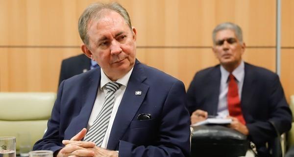 _Secretário de Planejamento da Prefeitura de Teresina, João Henrique, desautorizado por Dr. Pessoa (Foto: Divulgação)