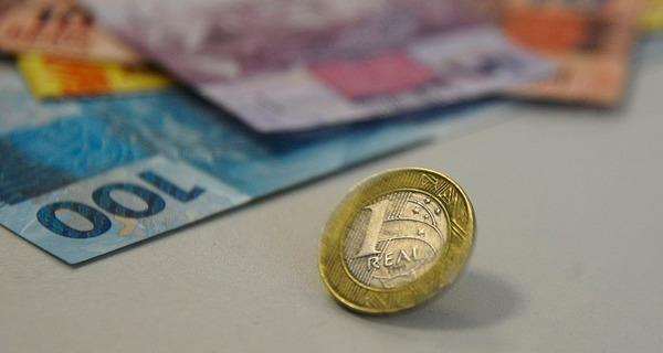 Medium real nota moedas 8