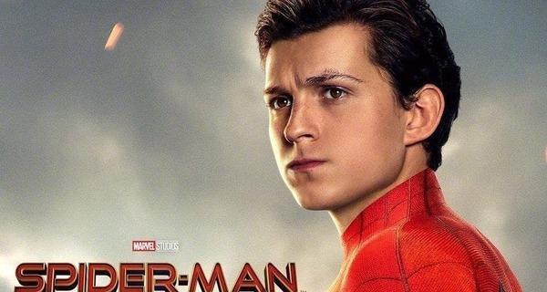 Medium 20190522 spider man far from home poster 1