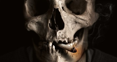 Thumb cigarro
