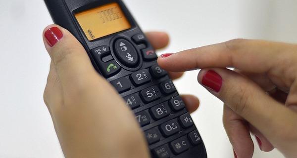 Medium 905168 telefone fixo 8
