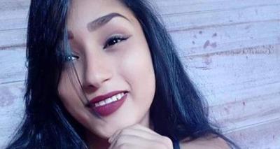 Thumb mulher morta na frente dos fihlos