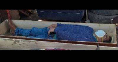 Thumb screenshot 2020 05 21 prefeito finge estar morto em caix o para evitar ser preso ap s violar quarentena e sair com amigos