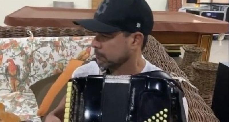 Zezé Di Camargo nega estar com covid-19 e se desculpa por grosserias