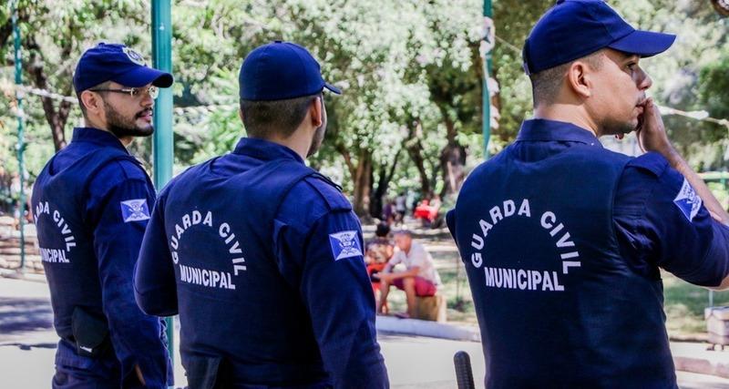 Solidariedade: Guarda Municipal de Apucarana ajuda cidadão