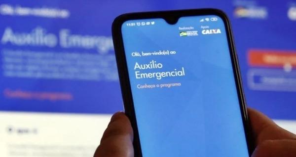 Medium auxilio emergencial