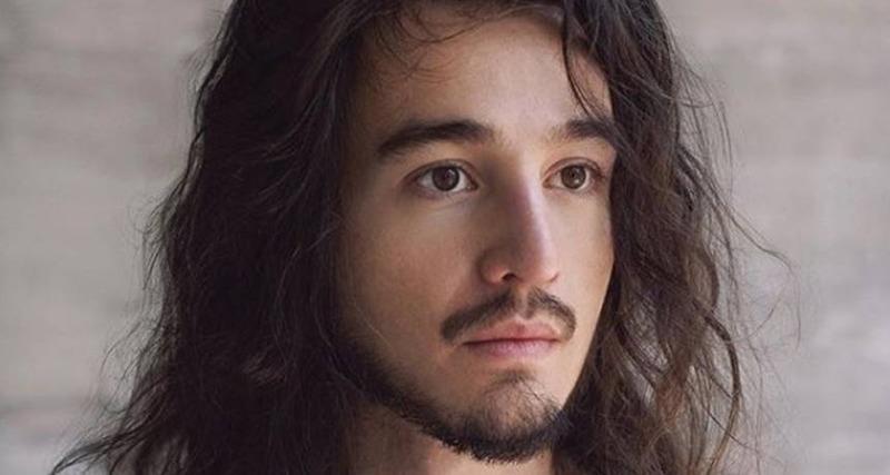 Tiago Iorc choca web após suposto nude vazado: