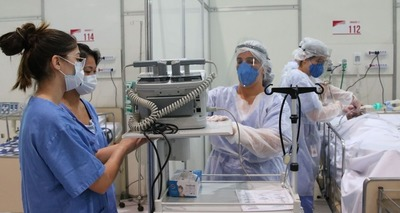 Thumb enfermeiros em hospital de campanha
