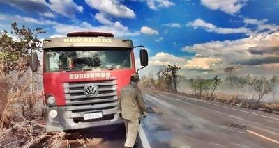 Thumb bombeiros combatem de grandes proporcoes na regiao de capitao de campos 904