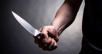 Thumb mulher morta a facadas