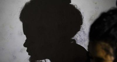 Thumb estupro crian as e filhos