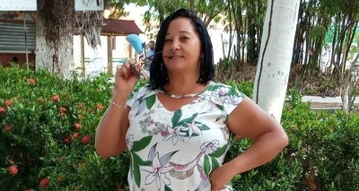 Thumb mulher morta arma caseira