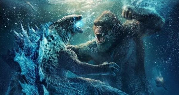 Medium godzilla vs kong underwater