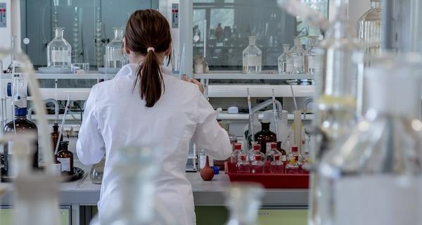 Medium laboratory 2815641 1280