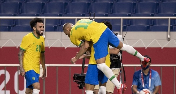 Medium brasil x egito