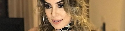 Medium naiara azevedo e cantora sertaneja dona do hit 50 reais