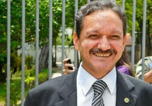 Secretário Wilson Brandão, chamado a dar explicações