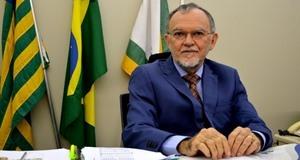 Conselheiro do TCE Olavo Rebelo