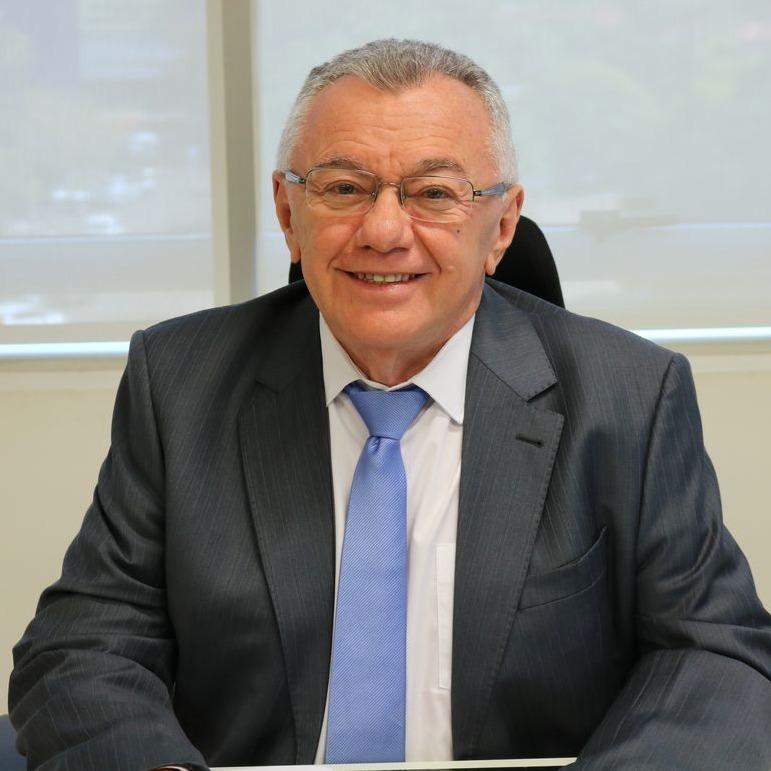 Conselheiro Kléber Eulálio, ex-prefeito do município de Picos. Ele não esquece esses tempos