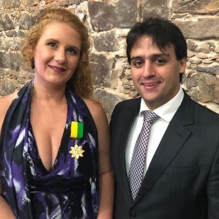 _Carina ao lado de Flávio Nogueira, um dos mandatários do Turismo no Piauí (Foto: Divulgação)