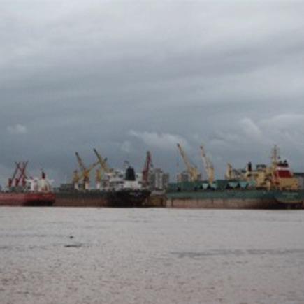 Medium porto porto alegre