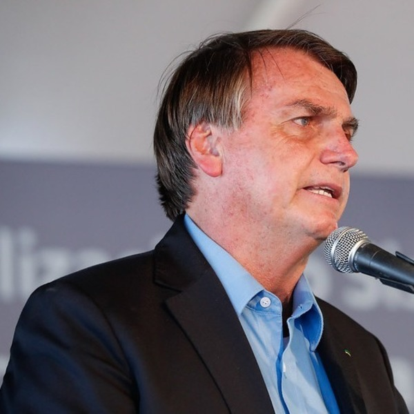 'Sou imbrochável', diz Bolsonaro ao alegar que sofre ataques 24 horas por dia