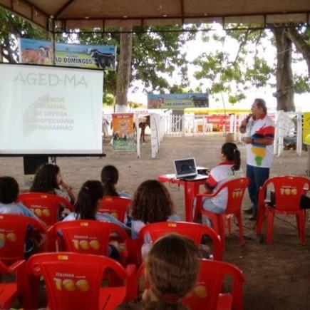 Medium foto 6 aged participa da 10 agrofeirade bacabal com o projeto fazendo educacao 1024x576