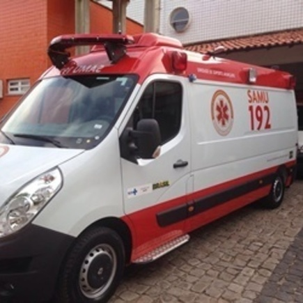 Medium ambulancia20samu20teresina 12